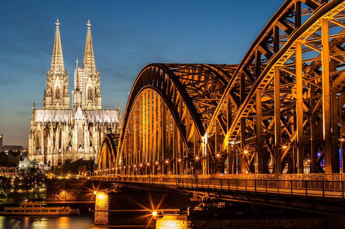 best hostels for solo travellers couples and groups in cologne budget your trip. Black Bedroom Furniture Sets. Home Design Ideas