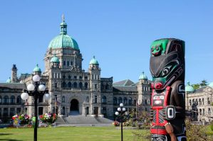 The Best Hostels and Guesthouses in Victoria, Canada for Budget Travelers