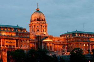 Best Hostels for Solo Travellers and Couples in Budapest