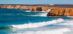 3 Algarve Beach & Surfing Hostels in Sagres in Costa Vicentina