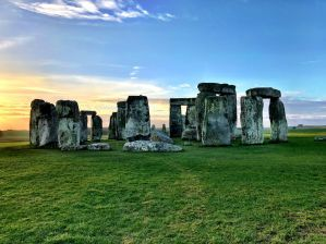 Affordable Tours to Stonehenge from London