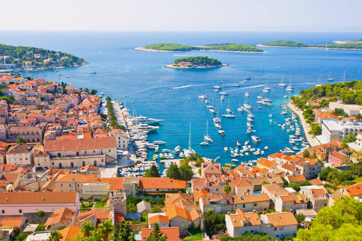 Croatia travel costs prices old towns plitvice for Hvar tourismus