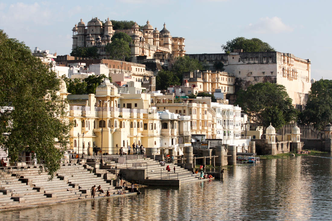 Udaipur Travel Costs & Prices - Lake Pichola, City Palace ...