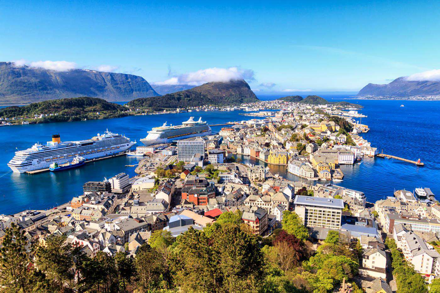 Alesund Travel Costs Amp Prices Fjords Art Nouveau Restaurants Budgetyourtrip Com