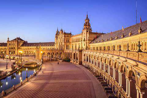 Seville travel costs prices flamenco shows bull for Espectaculo flamenco seville sevilla