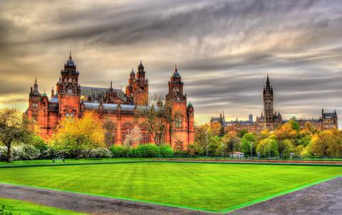 Kelvingrove Museum and Glasgow University, Scotland