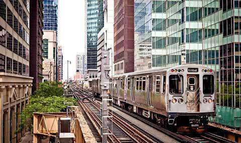 Chicago�s Elevated Train