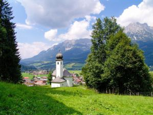 The Best Hostels in Kitzbuhel and Ellmau for Snowboarders, Skiers, Backpackers, and Couples