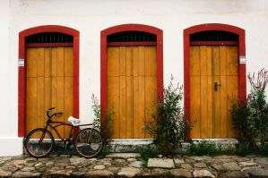 Best Hostels in Paraty for Backpackers, Solo Travellers, and Small Groups