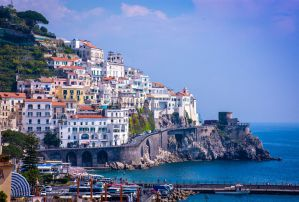 Best Hostels in Positano, Salerno, the Island of Capri, and Along the Amalfi Coast