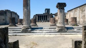 Tours of Pompeii from Naples