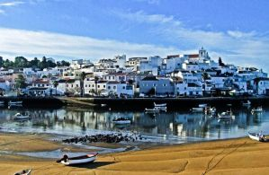 5 Cheap Hostels in Portimao's City Center