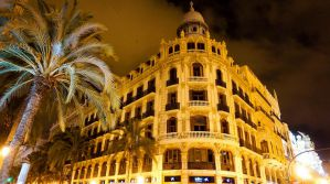 Best Hostels in Valencia, Spain for Solo Travellers, Couples, and Groups