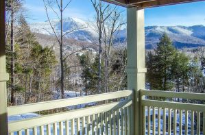 Smugglers' Notch Places to Stay: the Best Airbnb Cabins and Condos