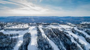 The Best Airbnb Condos in Snowshoe, WV for Couples